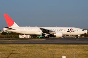 Japan Airlines Boeing 777-200 Wikimedia Commons