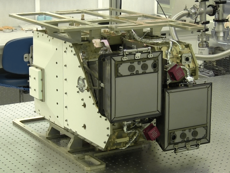 High-resolution, far-ultraviolet imaging spectrograph for the GOLD mission. Photo: University of Colorado Boulder.