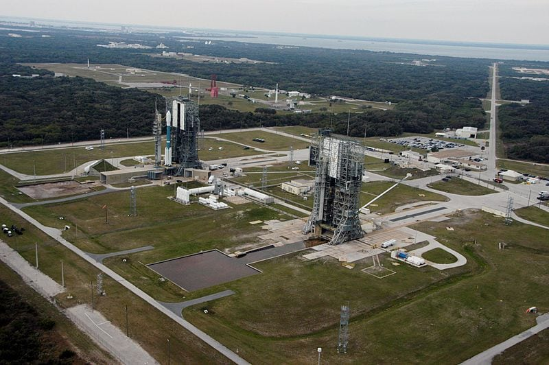 View over Launch Complex 17 at Cape Canaveral Air Force Station. Photo: Wikimedia.