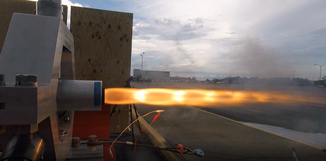 Rocket Crafters Inc. conducts a hot-fire test of its hybrid rocket engine. Photo: RCI.