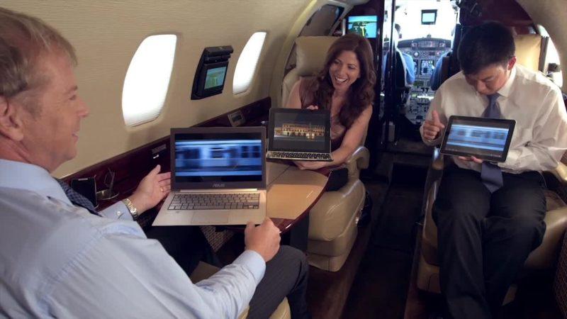 Passengers use Wi-Fi while airborne on the SmartSky network. Photo: SmartSky.