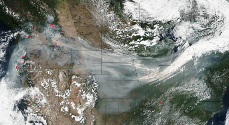 NASA's Suomi NPP satellite collected this natural-color image of smoke crossing the U.S. on a jet stream. Photo: NASA.