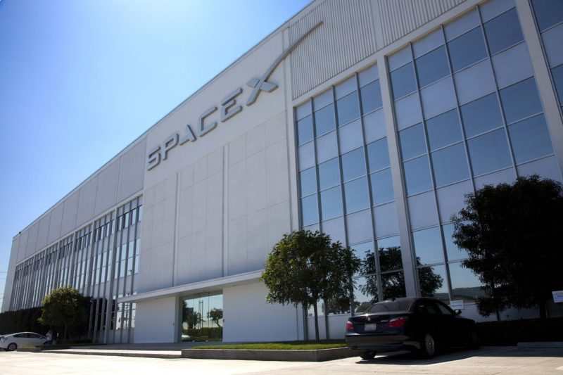 SpaceX headquarters in Hawthorne, California. Photo: Pixabay.