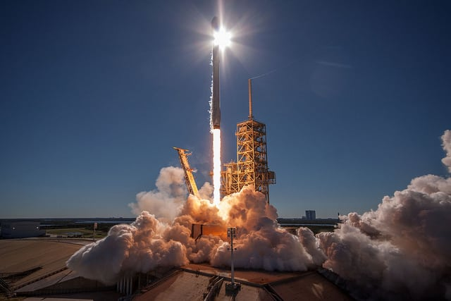 A Falcon 9 rocket lifts off for the Koreasat 5A mission on Oct. 30. Photo: SpaceX.