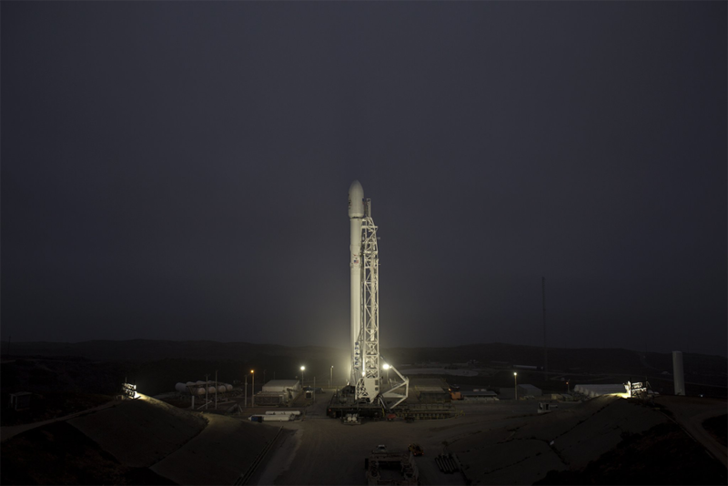 A Falcon 9 rocket awaits launch at Vandenberg Air Force Base in California on Oct. 9. Photo: SpaceX.