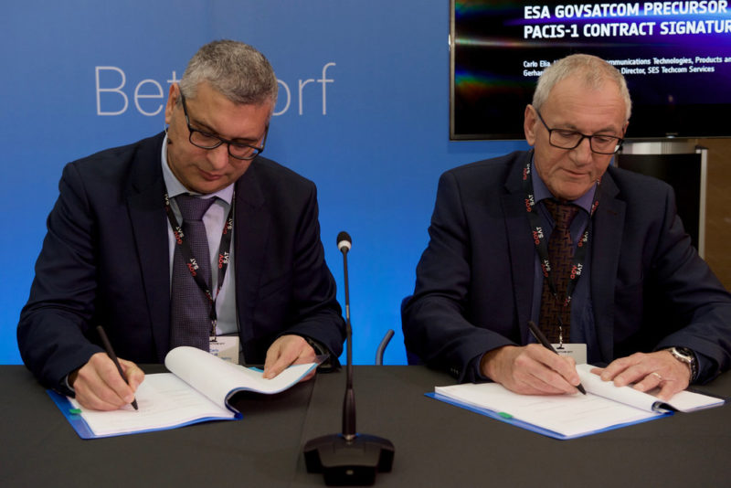 Carlo Elia, Head of the Telecommunications Technologies, Products and Systems Department, ESA, and Gerhard Bethscheider, Managing Director of SES TechCom Services, SES Networks