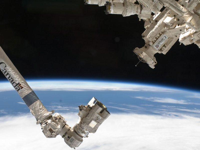 Canadarm 2 and Dextre. Photo: NASA.