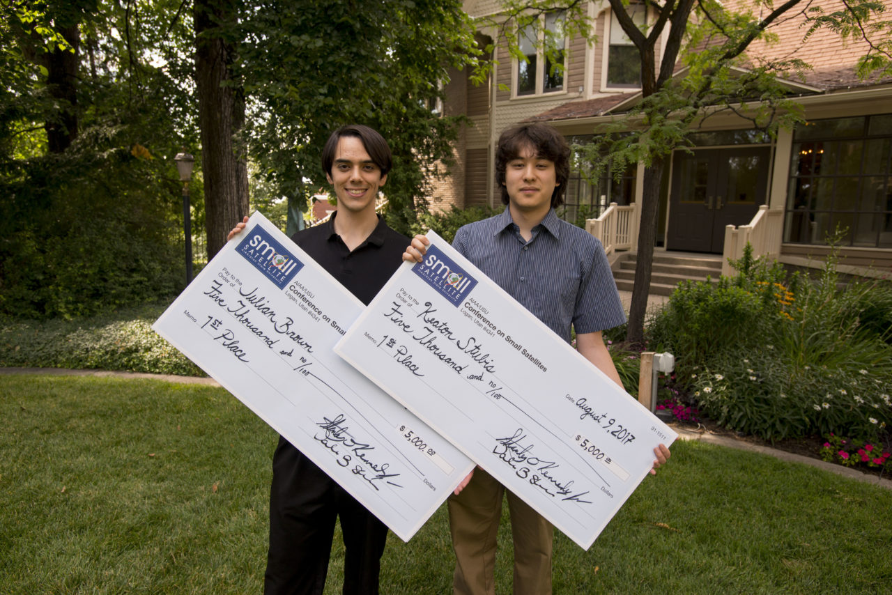 L-R: Julian Brown and Keaton Stubis, top prize winners of the Frank J. Redd Student Competition. Photo: AIAA/USU Conference on Small Satellites.
