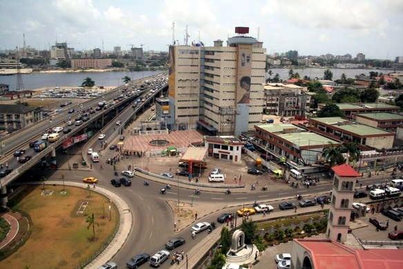 "The ""Golden Plaza"" in Ikoyi, Lagos. Photo: Wikimedia."
