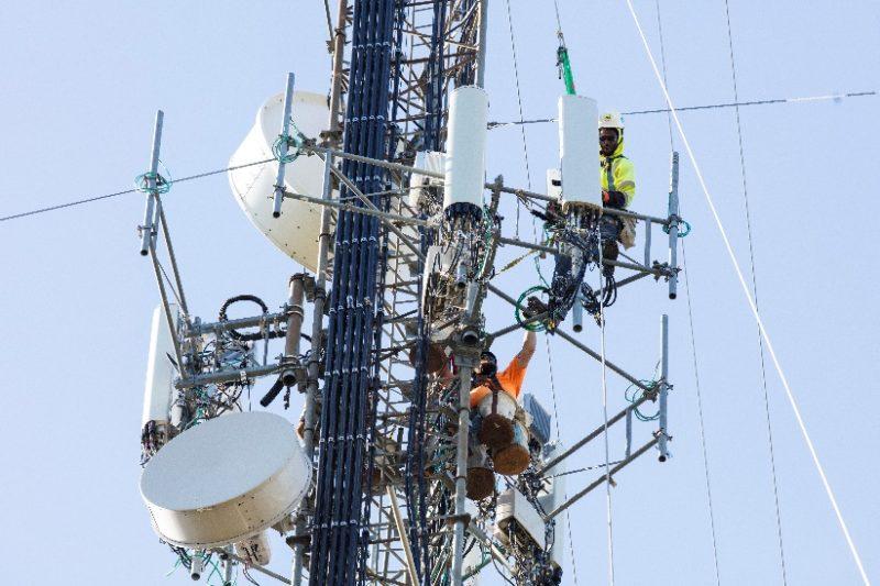 Sprint technicians installing 5G small cells. Photo: Sprint.