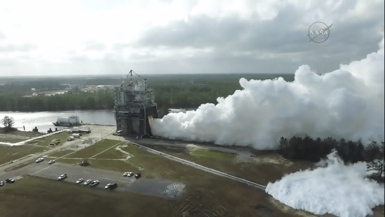 Screen grab from NASA TV during the RS-25 test fire live streaming.