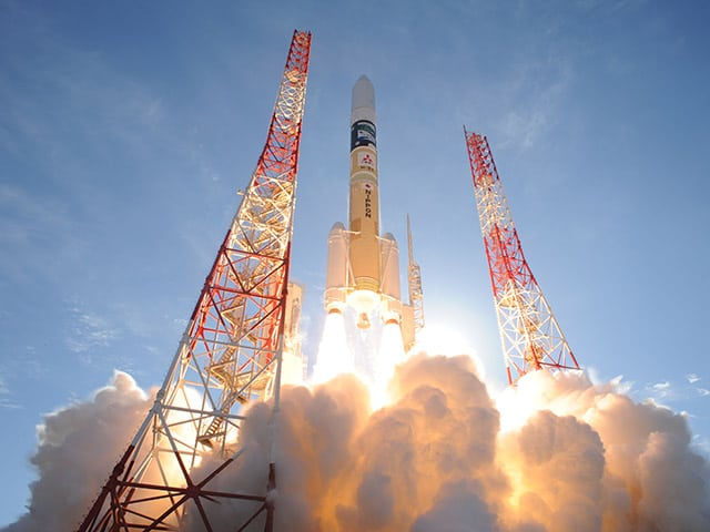 Japan's H2A satellite lifts off from Tanegashima Space Center. Photo: JAXA.