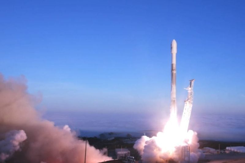 SpaceX's Falcon 9 rocket lifts off from Vandenberg Air Force Base