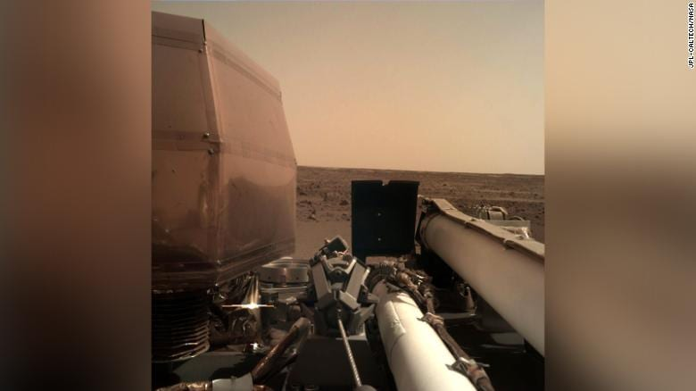 Landing on Mars camera InSight gave the first the
