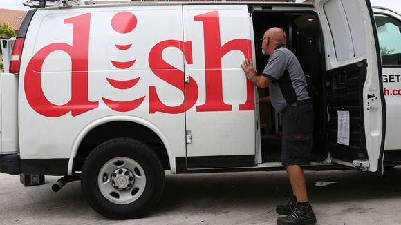 Dish lost 341,000 subscribers in the third quarter. Photo: Joe Raedle, Getty Images