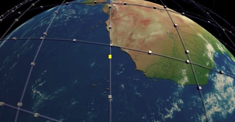 SpaceX's new proposal should reduce the chances of Starlink satellites colliding. Photo: Inverse