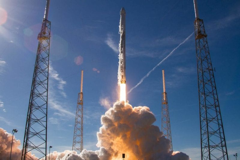 A SpaceX Falcon 9 rocket launching 64 payloads to orbit for the Spaceflight SSO-A: SmallSat Express mission. Photo: SpaceX