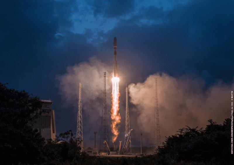 Soyuz rocket launching OneWeb satellites from French Guiana on Feb. 27. Photo: OneWeb