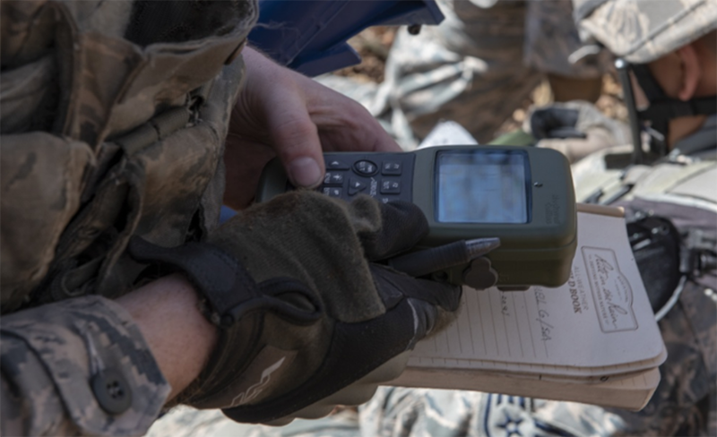 An Airman with the 374th Security Forces Squadron uses a Defense Advanced GPS Receiver (DAGR) to track the team's current location in correlation with the coordinates of the mission objective during a field training exercise at Camp Fuji, Japan, Nov. 8, 2018. Photo: U.S. Air Force, Matthew Gilmore
